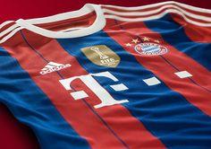 Video: Bayern Münchenin uudet pelipaidat..näyttävät FC Barcelonan pelipaidoilta?  http://puoliaika.com/?p=9233 meme