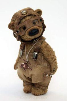 Artist Bears and Handmade Teddy Bears what a beautiful bear Michael by By Elena Vinogradova Cute Bear, Cute Teddy Bears, Needle Felted Animals, Felt Animals, Crochet Teddy, Crochet Toys, Teddy Toys, Vintage Teddy Bears, Bear Doll