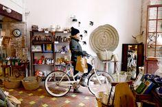 La tienda - AD España, © Javier Ferrer Vidal