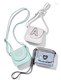 Add a little sparkle to your spring break style with our shimmering crossbody bags!