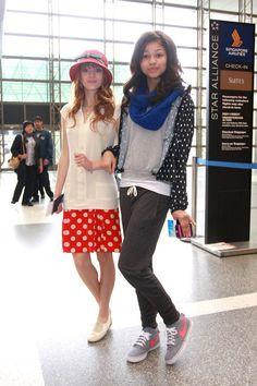 bella thorne airport photos | ... Photos - Bella Thorne and Zendaya Coleman at the Airport - Zimbio