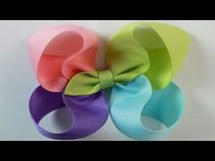 4 color Twisted Boutique bow tutorial HOW TO Easy Hair Bows, Ribbon Hair Bows, Making Hair Bows, Bow Making, Ribbon Flower, Fabric Flowers, Boutique Bows, Boutique Bow Tutorial, Stacked Hair