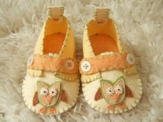 Hooty Owl Slippers - Baby Loafers - Felt Baby Shoes - Can Be Personalized. $44,00, via Etsy.