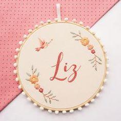 Vem voar alto Liz!  . . . #embroidery #handmade #handembroidery #process #artesanato #bordado #bordadolivre #bordadoamao #feitoamao #feitonobrasil #bastidor #autoral #contemamor #bordadopersonalizado #personalizado #maternidade