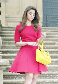 The hot sexy unseen indian actress alia bhatt cute and very simply gorgeous look from that you can fall in love with her . Indian Celebrities, Bollywood Celebrities, Bollywood Fashion, Bollywood Actress, Priyanka Chopra, Kareena Kapoor, Deepika Padukone, Anushka Sharma, Sonakshi Sinha