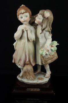 Capodimonte Bruno Merli Figurine Gossips - LUX-FAIR.com - 1