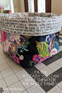 Welcome to Five for Friday! This week we're all about getting organized one step at a time. We found five great tutorials for little storage bins, perfect for little knick-knacks and notions … Sewing Tutorials, Sewing Patterns, Bag Tutorials, Bag Patterns, Quilt Patterns, Sewing Tips, Fabric Boxes, Fabric Storage, Storage Bins