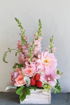 Wedding Flowers Strawberry Shortcake - A lush arrangement of pink flowers in a white wash wooden box. May inlcude roses, dahlias, snapdragon and orchids. Summer Flower Arrangements, Beautiful Flower Arrangements, Flower Centerpieces, Summer Flowers, Colorful Flowers, Silk Flowers, Floral Arrangements, Beautiful Flowers, Flowers Garden