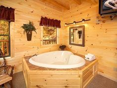 Looking for a romantic Cabin getaway in Gatlinburg?  Look no further than Tucked Inn!