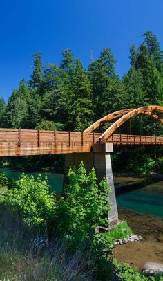 Border to Border: Essential road trip stops along I-5 on Roadtrippers