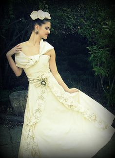 Ecru brocade dress with embroidered taffeta sash by Amy-Jo Tatum photo copyright Bride Chic 2012 http://bridechic.blogspot.com