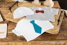Diy Crafts : Illustration Description Add some sparkle to your crafts with glitter iron-on appliques! -Read More – - Diy Projects Videos, Craft Videos, Craft Projects, Unique Gifts For Boys, Gifts For Kids, Diy And Crafts Sewing, Diy Crafts, Sewing Ideas, Diy Clothes And Shoes