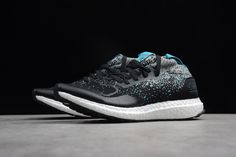 746cd022e Solebox x Packer Shoes x Ultra Boost Mid Core Black Energy Blue CM7882