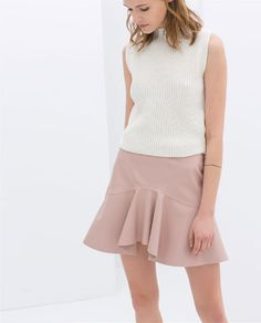 pink perrrrfection. {FRILLY FAUX LEATHER SKIRT from Zara in pink - under $50}