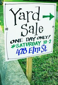 Turning Trash to Cash: Yard Sale Basics — Today's Nest Garage Sale Signs, Yard Sale Signs, Garage Sale Pricing, For Sale Sign, Garage Sale Organization, Rummage Sale, Thing 1, Craft Sale, Good To Know