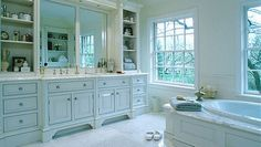 Image from http://tropicalhomeimprovementideas.com/wp-images/Bathroom-Layout-Designs.jpg.