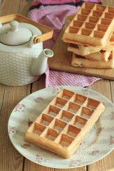 Wafers extremely gentle, crust-melting as on the honest (lactose-free) This recipe, I need to admit that I used to be searching for a few years now! I like waffles like on the honest, those that are extremely crispy outdoors, every thing . Thermomix Desserts, Ww Desserts, Dessert Recipes, Sans Lactose, Lactose Free, Beignets, Biscotti, Healthy Protein Breakfast, Waffle Ice Cream