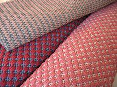 Äkin kankurit Weaving Looms, Weaving Patterns, Hand Weaving, Rag Rugs, Woven Rug, Carpets, Textiles, Inspiration, Rug Weaves