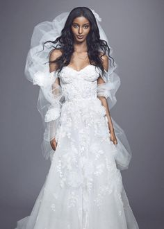 Marchesa Fall 2021 Bridal Collection. www.theweddingnotebook.com Trumpet Style Wedding Dress, Marchesa Wedding Dress, Marchesa Bridal, Strapless Lace Wedding Dress, Wedding Dress Necklines, Famous Wedding Dresses, Mini Wedding Dresses, Bridal Dresses, Vestidos Marchesa
