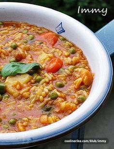 Rizina corba sa povrcem i puretinom