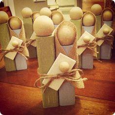 DIY Simple Wooden Holy Family Nativity - Sites new Christmas Program, Diy Christmas Cards, Christmas Projects, Holiday Crafts, Christmas Holidays, Christmas Decorations, Xmas, Nativity Ornaments, Nativity Crafts