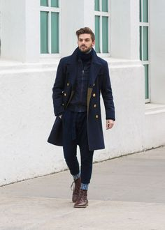TONAL, or monochromatic, looks are on the rise!  They were all over the runways this past week during New York Fashion Week:  Mens. From Todd Snyder, to Billy Reid and John Varvatos, it's a trend that  has become an integral part of modern menswear styling. Just wear one color  and you're good