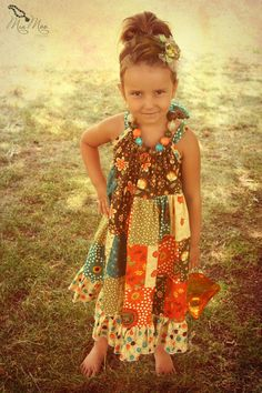 Adorable girls dress .. if only I had a little girl .. would be a cute homemade gift tho!