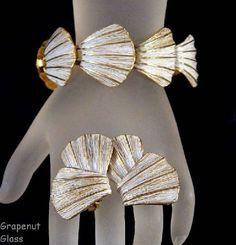 Clamshell Design White Enamel Bracelet & by GrapenutGlitzJewelry, $17.00