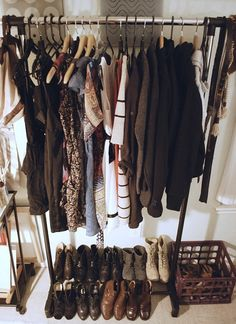 I want to have these few items of clothing, but all ones i love, love, love (though I think she has 3x a many shoes as I have, so I'm good there)