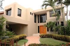 Decoracion y Casa: Fachadas de casas modernas y lujosas