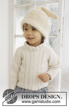 "Micah - Set consists of: Knitted DROPS jumper with raglan in 2 threads ""Alpaca"" and crochet DROPS hat in ""Alpaca"" and ""Vienna"" - Free pattern by DROPS Design Baby Knitting Patterns, Jumper Patterns, Knitting For Kids, Crochet For Kids, Baby Patterns, Free Knitting, Crochet Patterns, Bonnet Crochet, Crochet Hats"