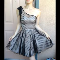 [Topshop] Polka Dot Formal Lace Mini Gown HP🎉 Excellent condition. The outer exterior fabric is 50% cotton, 39% polyester and 3% elastane. The contrast fabric is 100% nylon. The lining is 100% polyester. Made in Romania. This comes from a smoke free home. There are no stains or rips.  This is a very small size 2 I think it would even fit size 0. Classy. Classy. Classic. Topshop Dresses Prom