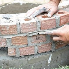 How to Build a DIY Fire Pit — The Family Handyman Fire Pit Base, Cheap Fire Pit, Easy Fire Pit, How To Build A Fire Pit, Cool Fire Pits, Fire Pit With Bricks, Fire Pit Grill, Concrete Fire Pits, Fire Pit Backyard