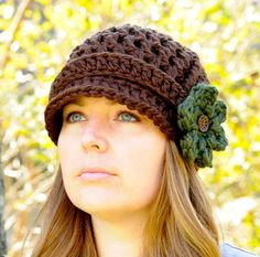 Crochet Newsboy Hat for Women, Brimmed Beanie Hat with 3 Flowers, Crochet Hat, Womens Hat Crochet Hat For Women, Crochet Woman, Cute Crochet, Knit Crochet, Crochet Hats, Crochet Newsboy Hat, Knitted Hats, Sombrero A Crochet, News Boy Hat