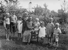 muo2384.jpg 583×425 pixels Children in Muolaa Karjala, Finland