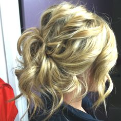 messy updo by yours truly