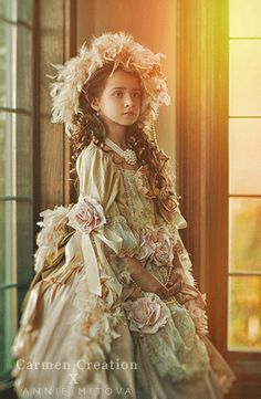 coutureflowergirl.com your one stop shop for all your flower girl dresses, victorian dress and baptism gowns.