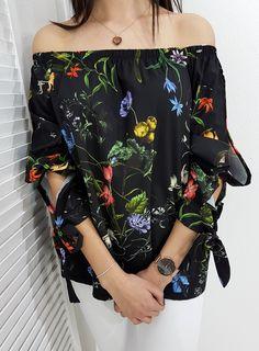 Bluzka CERSEI czarna. Wygodna bluzeczka z wiązanymi rękawami. Off Shoulder Blouse, Floral, Outfits, Clothes, Collection, Women, Style, Fashion, Swag