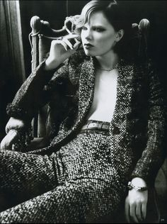 'Femmes Fatales' shot by Tom Munro. Vogue Germany.  Check out Ludivine's latest styles on her Facebook page.