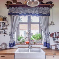 Red Kitchen Curtains, Kitchen Window Valances, Cottage Kitchens, Cottage Homes, Cottage Renovation, Garage Remodel, Retro Mode, Underground Homes, Farms Living