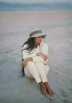 White pants and top on the beach. adorable!
