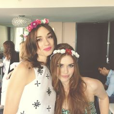 holland rden and crystal reed with flower crowns from sdcc 13