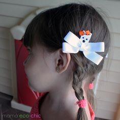 Ghost ribbon sculpture. Halloween. Lazo con forma de Fantasma. Mamá eco-chic Ribbon Sculpture, Halloween, Photo And Video, Instagram, Hair Bows, Shapes, Spooky Halloween