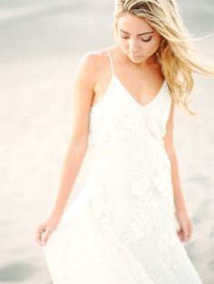 Beach wedding dress: http://www.stylemepretty.com/colorado-weddings/2015/02/26/ethereal-desert-elopement-inspiration/ | Photography: Connie Whitlock - http://conniewhitlockphoto.com/