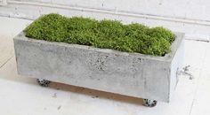 Een betonnen bak makkelijk waterdicht maken. Geschikt voor uw wasbak, vijver, plantenbak, waterloop, visvijver, betonnen tuinmeubels, etc.