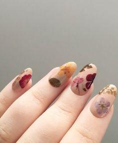 22 Fantastic Flower Arts On Nails 2018