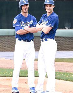Los Angeles Dodgers, Wellness, Mood, Baseball Cards, Sports, Instagram, Hs Sports, Dodgers Baseball, Sport