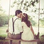 Noiva e Noivo no Balanço