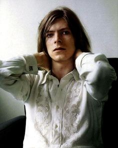 Young David Bowie, love!