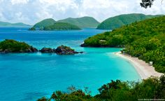 Wishing I was back at the Virgin Islands. St. John / Trunk Bay